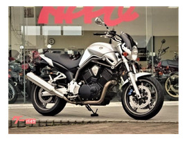 Мотоцикл naked bike Yamaha BT1100 Bulldog рама RP05 гв 2002